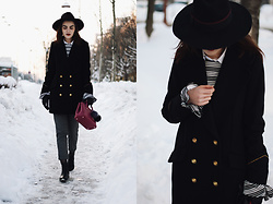 Andreea Birsan - Fuchsia Furla Linda S, Chelsea Boots, Double Breasted Wool Blend Military Coat, Fishnet Tights, Striped Bell Sleeve Top, Check Pants, Black Fedora Hat, White Button Down Shirt, Leather Gloves - Check pants: an alternative to jeans during winter