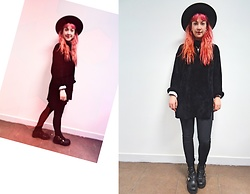 Anna Hurricane - Jonak Black Leather Boots, Dr. Denim Black Pants, Vintage Turtleneck, Vintage Hat, Forever 21 White Long Sleeve - All Black