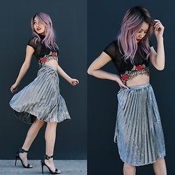 Catherine pham - Forever 21 Silver Midlength Skirt, Love Culture Rose Embroidered Crop Top - Sparkling rosé