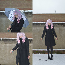 Amy K - H&M Black Coat With Faux Fur Collar, Ripndip Umbrella, Black Velvet Heels, Strawberry Hair Clip -  ♡ Snow Fairy in Disguise  ♡