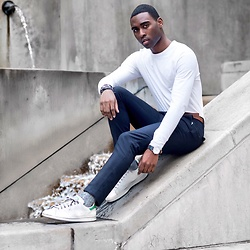 Willie Sparks - H&M Shirt, Adidas Sneakers - Grayscale