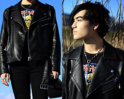 Kevin Kinno - Forever 21 Leather Jacket, H&M Iron Maiden T Shirt, Forever 21 Black Skinny Jeans, Silver Rings, Chrome Hearts Cross Necklace - BLEU