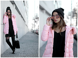 Bárbara Marques - Dresslily Coat, Suiteblanco Dress, Stradivarius Over The Knee, Primark Bag, Christian Dior Sunglasses, Salsa Beanie - #BLOGGERDRAMA