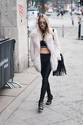 Laura Simon - River Island Faux Fur Coat, Calvin Klein Black Crop Shirt, Christian Dior Green Gold Sunglass, Mango Leather Pants, Lemare Black Gold Boots, Na Kd Gold Moon - Faux Fur / Berlin Fashion Week