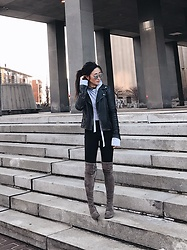 Christie Ashley - Allsaints Biker Leather Jacket, Zaful Cropped Hoodie, Lululemon Leggings, Stuart Weitzman Over Knee Boots - CONCRETE