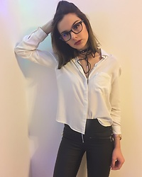 Adelina Bucur - Bershka Choker, Bershka Shirt, New Yorker Pants - Simple