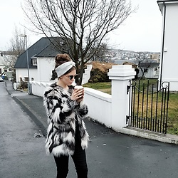Dagbjört Eilíf - Romwe Cat Shades, F&F Fake Fur - Your fluffiness ?