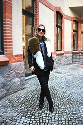 Anna Borisovna - Zara Stola, H&M Shirt, H&M Pants, Jessica Buurman Shoes - Fake Fur Stola & Metallica Shirt