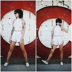 Kiana Mc - American Apparel Crop Top, Vintage Shorts, Everlane Shoes - Ace Hotel