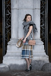 Susanne Bender - Burkely Bag, Asos Check Skirt, Cluse Watch, Vintage Hat, Winterjassen Woolen Scarf, Pumps - Baby it is cold outside!