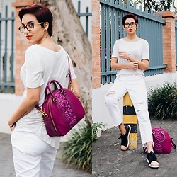 Adriana Seminario - Bo'hem White Shirt, Armani Exchange White Ripped Jeans, Pisidia Purple Bag, Adidas Golden Point Black Stan Smith - A Pop of Color