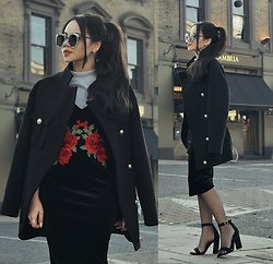 Clara Campelo - Coat, Sandals, Slip Dress, Sunglasses, Watch, Top, Fishnet - You're calling my name