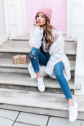 Jessi Malay - Elizabeth And James Fur Coat, Topshop Embroidered Jeans, Tom Ford Natalia Bag, Zara Reversible Bomber Jacket - Fourteen Trevor Square | #JMOnTheRun