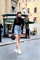Paz Halabi Rodriguez - Zara Hop Earrings, H&M Bell Sleeves Ribbed Top, Zara Denim Mini Skirt, Reebok White Classic, Zara Ring Black Bag - Bell Sleeves + Denim in Rome