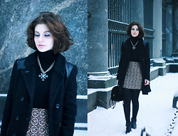 Anastasia Zaprometova - Naf Coat, H&M Skirt, Asos Bag, Lefties Sweater, Hand Made Collar -  New Baroque