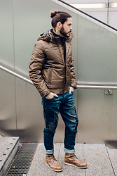 Maik - Garcia Jacket, Garcia Jeans, Zign Boots - Winter jacket and loose fit jeans