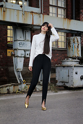 Paz Halabi Rodriguez - Zara White Turtle Neck, H&M Fuseau Pants, H&M Golden Hooves - Point of Light