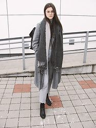 Diana - H&M Grey Scarf - ALL GREY EVERYTHING