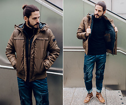 Maik - Garcia Jacket, Garcia Pullover, Garcia Jeans, Zign Boots - Winter jacket and loose fit jeans
