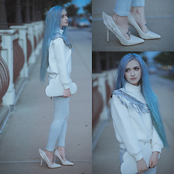 Anya Anti - Stylewe Angel Wing Sweater, Yru Angyl Heel Shoes, American Eagle Outfitters Jeans - Spread your wings