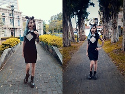 NaTyMeTaL - Dresslink Wednesday Addams Dress, Dr Martens Pascal Boots - Goth lady