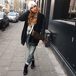 Eraclia Skoufari - Louis Vuitton Bag, Ego Official Velvet Boots, Bsb Mom Jeans, Mango Bomber Jacket, Zara Coat - Sundays