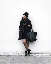 Tiffany Wang - Adidas Beanie, Acne Studios Ankle Boots, Céline Tote, Everlane Coat - SPORTY