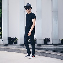 Poldo Napitupulu - Zara Hat, Topman Black Shirt, Daniel Wellington, Comme Des Garçons Garcons - It's good to be back