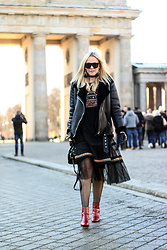 Mad Cat Fashion P. -  - Berlin Fashion Week - day #1 (MyLook #121)