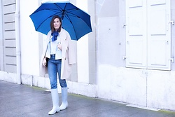 Margot Guilbert - Rubber Boots - Slow Fashion Challenge | Look 13 {Rainy Day Outfit}