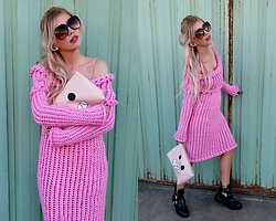 Joanna L - Lookofmermaid Pink Knitted Dress, Primark Bag, River Island Biker Boots - Candy/ pink knitted dress