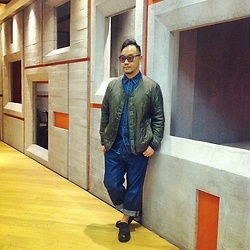 Mannix Lo - Uniqlo Warm Padded Jacket, Uniqlo Denim Shirt, Bershka Loose Fit Denim Jeans, Foot The Coacher Leather Shoes - When Denim meets Military