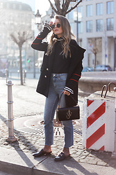 Livia Auer - Loavies Military Coat, J.W. Anderson Anchor Bag, Gucci Look Alike Mules - FLOUNCE CUFF SWEATER, J. W. ANDERSON BAG, GUCCI MULES
