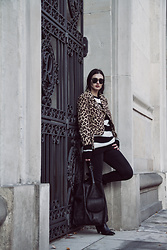 Wiktoria Celmer - Zara Animal Print Jacket, C&A Striped Oversize Knit - ANIMAL PRINT AND STRIPES
