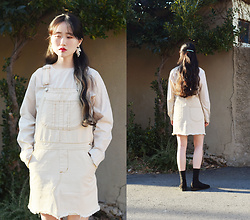 Autumn Kim - Phila Petra Plain Blouse, Phila Petra Ivory Overall Dress, The Centaur Pearl Earrings - Colours of spring