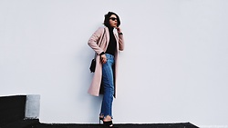 Maria Marques -  - Pink Coat + Fray hem jeans