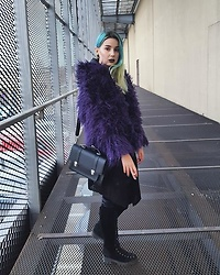 Darina David - Bershka Bag, Musette Boots - Purple furrr