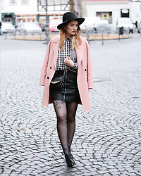 Alyssa Sc - Zara Pink Coat, Sam Edelman Studded Bag, Edited Checked Blouse, Urban Outfitters Studded Hat - Checked pattern