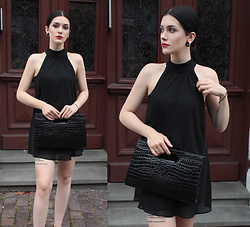 Justyna Lis - Black Bag - Black is the new black
