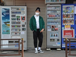 Miguel Valero - Carhartt Beanie, Polo Ralph Lauren Golf Jacket, I Love Ugly Kobe Pant, Converse Star And Bars - Vending machines