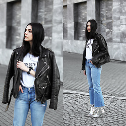 CLAUDIA Holynights - Jesus Gets The Girl Tee, Vintage Moto Jacket, Levi's® Vintage Flare Jeans, New Look Mirror Boots - Mirror boots