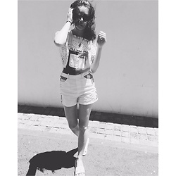 Claudine Németh - Fila Overall, Zara Crop Top, Nike Shoes - Where the sun kisses the ocean