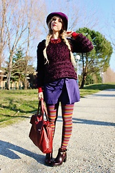 Elisa Bochicchio - Oviesse Hat, United Colors Of Benetton Skirt, Calzedonia Tights, Zara Boots, Zara Sweater - In stripes we trust!