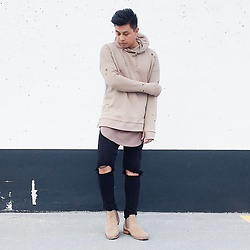 ALLEN M - Forever 21 Hoodie, Zara Trousers, H&M Longline Scoop Shirt, Call It Spring Chelsea Boots - LOVE ME BACK // IG: @iamALLENation