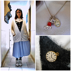 Lulu Longstocking - Vintage Pleated Skirt, Claire's White Rabbit Pendant - Alice Disney bound