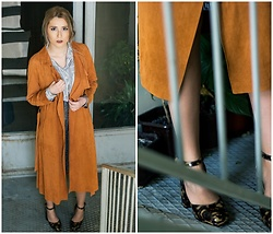 Sofija Surdilovic - Sheinside Brown Suede Coat, Koton Silver Black Skirt, Asos Brown Black Pattern Shoes - Hazel