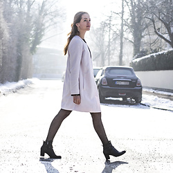 Ina Nuvo - Selected Femme Rosequartz Coat, Ecco Ankle Boots, Missguided Floral Dress, Wolford Tights - Light Colors for Spring