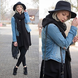 Lavie Deboite - Gypsy Warrior Denimjacket, Zara Scarf, Stylebreaker Hat, Zara Longtop, Pimkie Bag, Only Skinnyjeans, Sacha Bikerboots - Denim with black
