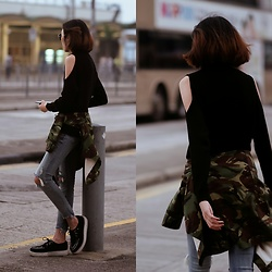 Kara C - H&M Cold Shoulder Top, Camo Jacket, Zara Ripped Jeans, T.U.K. Black White Creepers - Watch My Back