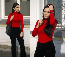 Justyna Lis - Next Red Turtleneck, Next Velvet Pants, H&M Leather Boots, Even&Odd Black Bag - When in doubt, wear red